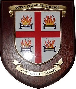 Queen Elizabeth College - Coat of arms of Queen Elizabeth College
