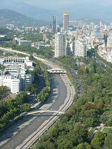 Río Mapocho desde Telefónica.jpg
