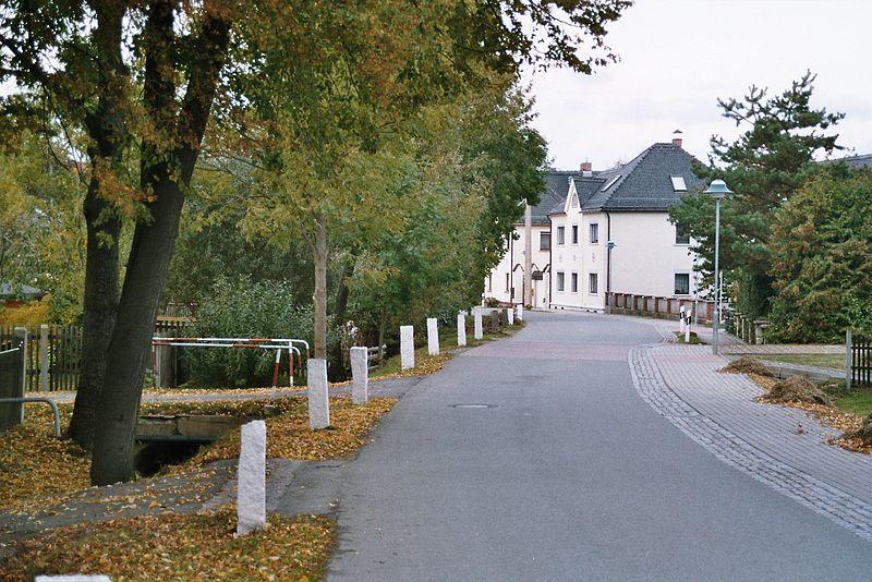 File:Rückersdorf-Hauptstraße.jpg