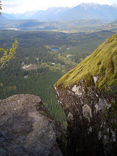 File:Rattlesnake-Mt-Lower-Ledge-rocks-3985.jpg