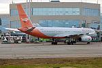 Red Wings, RA-64017, Tupolev Tu-204-100 (26489835962).jpg