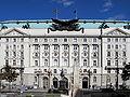 Regierungsgebäude Vienna June 2006 008.jpg