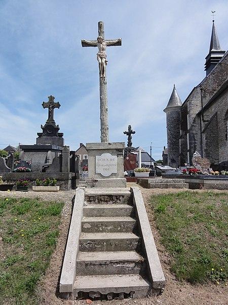 Renneval (Aisne) croix de cimetière