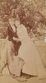 Retrato da Princesa Helena d'Orleães com o Príncipe Real D. Luís Filipe (1892).png