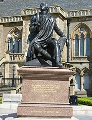 Dundee, Albert Square, Robert Burns Monument