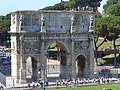 Roma - Arch of Constantine - panoramio - jeffwarder.jpg