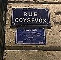 Rue Coysevox - plaque de rue.JPG