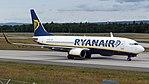 Ryanair Boeing 737-800 (EI-DCX) at Frankfurt Airport.jpg