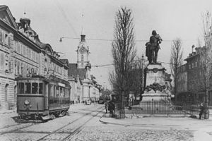 Adrian von Bubenberg - The monument in its original setting (1915 photograph)