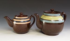 "James Sadler and Sons Ltd - Sadler ""Brown Betty"" teapots."