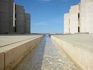 Salk Institute for Biological Studies - Courtyard rill fountain