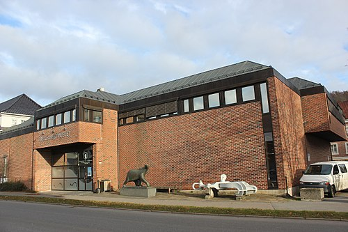 70d75bf4 Sandefjord Whaling Museum has had over one million visitors as of 1994.[143]