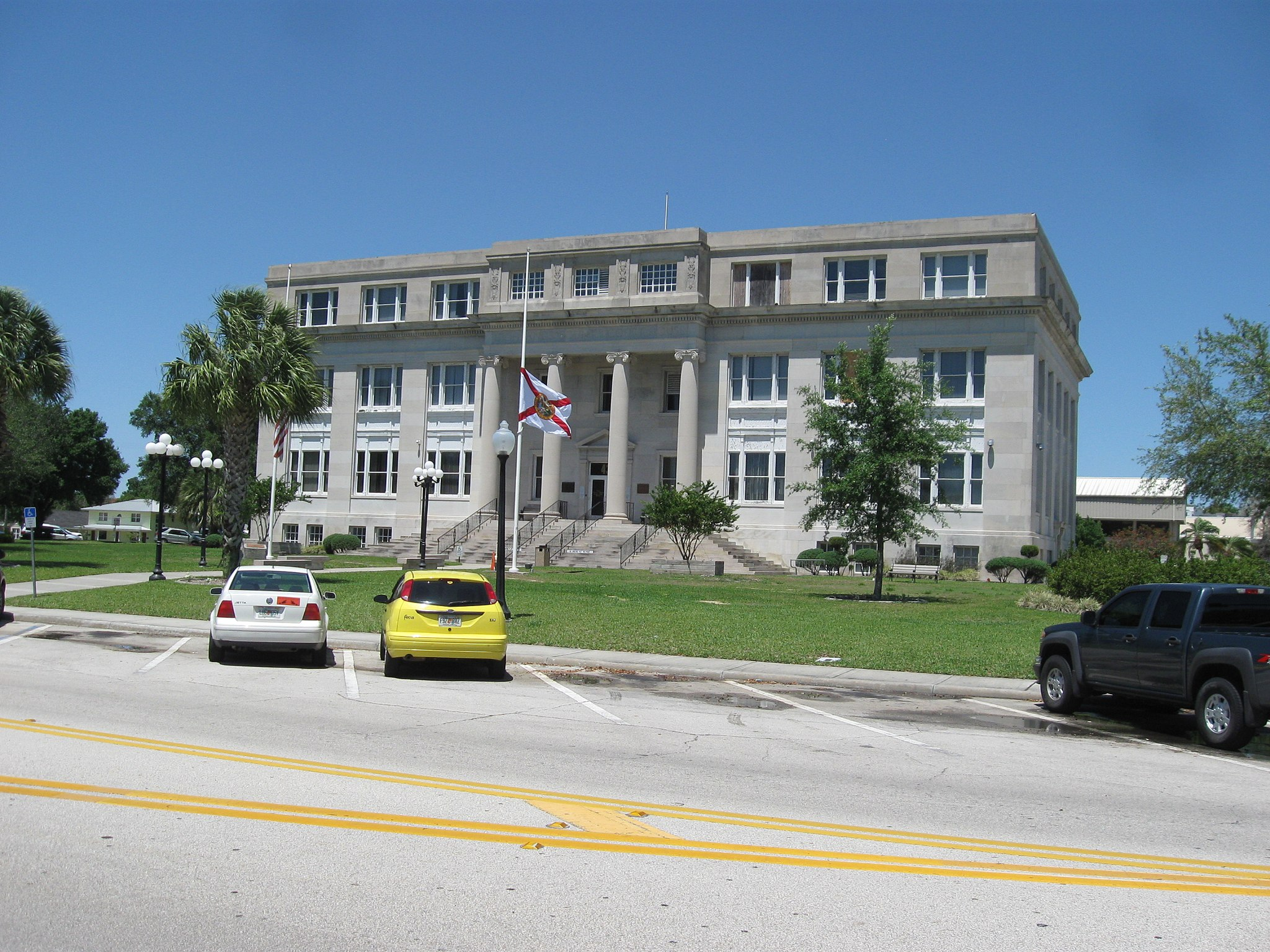 Sebring, FL, Courthouse, Highlands County, 04-26-2010 (13)