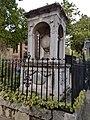 Sir Hans Sloane Monument.jpg