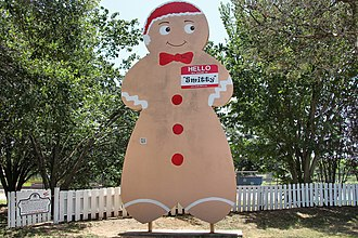 Smithville, Texas - Smitty the Gingerbread Man stands as a reminder of Smithville's Guinness World Record for baking the largest gingerbread man at the time.