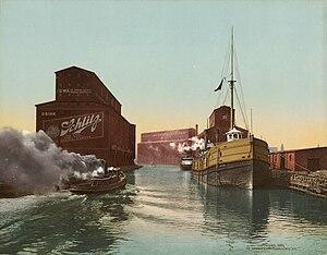 Joseph Schlitz Brewing Company - Advertising on the Chicago River grain elevators