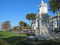 Southend statue of Queen Victoria - geograph.org.uk - 734149.jpg