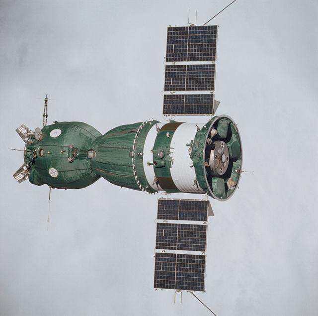 640px-Soyuz_19_%28Apollo_Soyuz_Test_Project%29_spacecraft.jpg