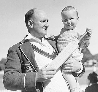 Stan McCabe - McCabe with son Geoffrey in 1940
