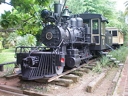 Old steam train from La Ceiba, now in Swinford park