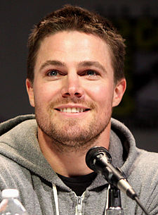 Stephen Amell v roce 2013