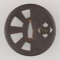 Sword Guard (Tsuba) MET 14.40.916 002may2014.jpg