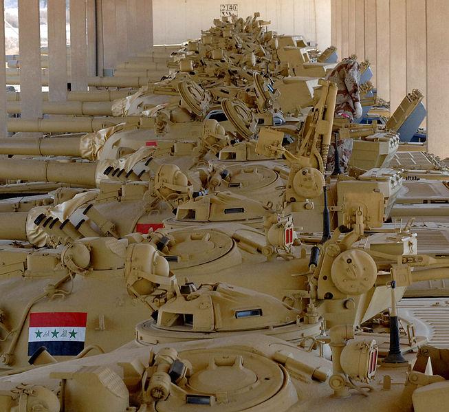 اكبر و اوثق موسوعة للجيش العراقي على الانترنت - صفحة 2 653px-T-72_Iraqi_Army_001_forum