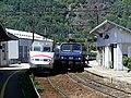 TGV et TER en gare de Saint-Jean-de-Maurienne (2018).JPG