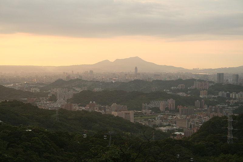 TaipeiViewFromMaokong.jpg