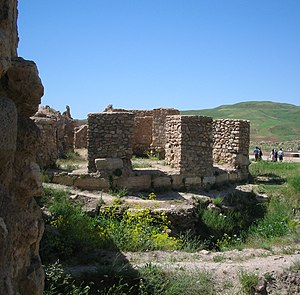 Takht-e Soleymān - Image: Takht e soleiman 3