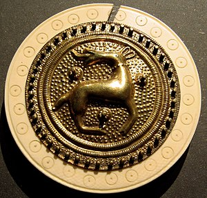 Tangendorf disc brooch - Reconstruction by Hans Drescher (with broken ivory ring)