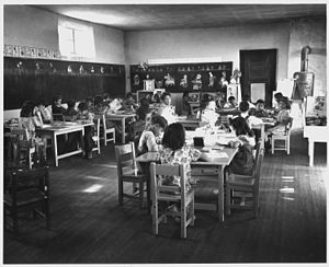 Peñasco, New Mexico - Lower grade room in the Peñasco school. 1941