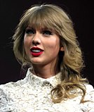 Taylor Swift Red Tour 5, 2013.jpg