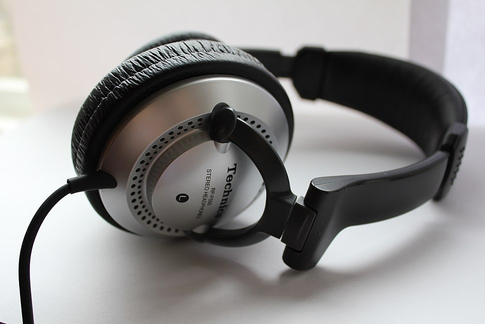 Technics headphones