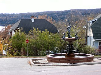Témiscaming - Italian fountain in downtown Temiscaming. It is one of several such features in the town erected by a former mill manager in 1930.