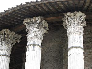 Temple of Hercules Victor - Detail of capitals