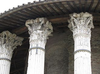 Temple of Hercules Victor - Detail of capitals.
