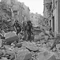 The British Army in Normandy 1944 B6727.jpg