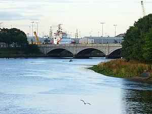 River Dee ferryboat disaster - Queen Victoria Bridge