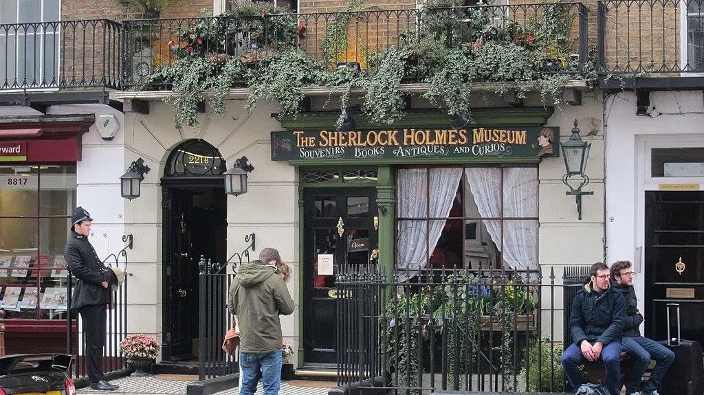 The Sherlock Holmes Museum, Baker Street, London, Reino Unido - panoramio