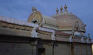 Ninra Narayana Perumal temple - Image: Thiruthankal 4