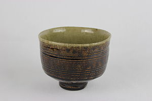 Mingei - Thrown, combed tea bowl by Shōji Hamada