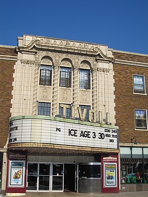 Tivoli Theater (Downers Grove, Illinois) - August 2009: advertising Ice Age 3 in 3-D