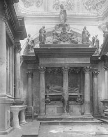 Tomb of Hieronim Adam Sieniawski (1627).jpg