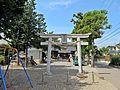Torii gate of Azumayanuma-jinja shrine.JPG