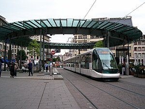 Strasbourg tramway - Image: Tram Strasbourg line A Homme Fer vers Illkirch