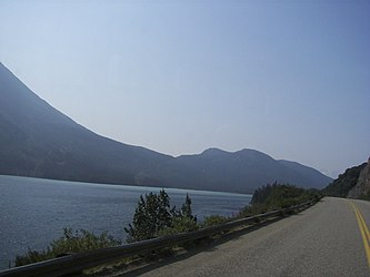 Tutshi Lake from Klondike Highway, British Columbia.jpg