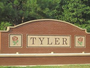 Tyler, Texas - Tyler welcome sign on U.S. Highway 69