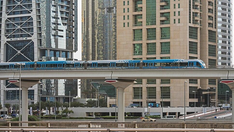 UAE Dubai Marina img3 asv2018-01