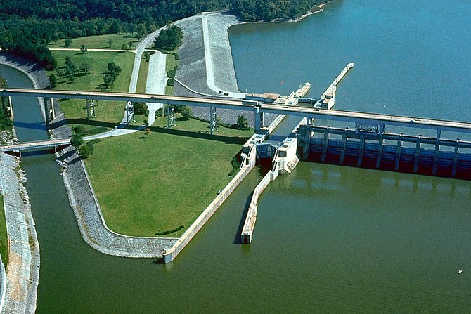Chickamauga Lock and Dam on the Tennessee River at Chattanooga, Tennessee, USA